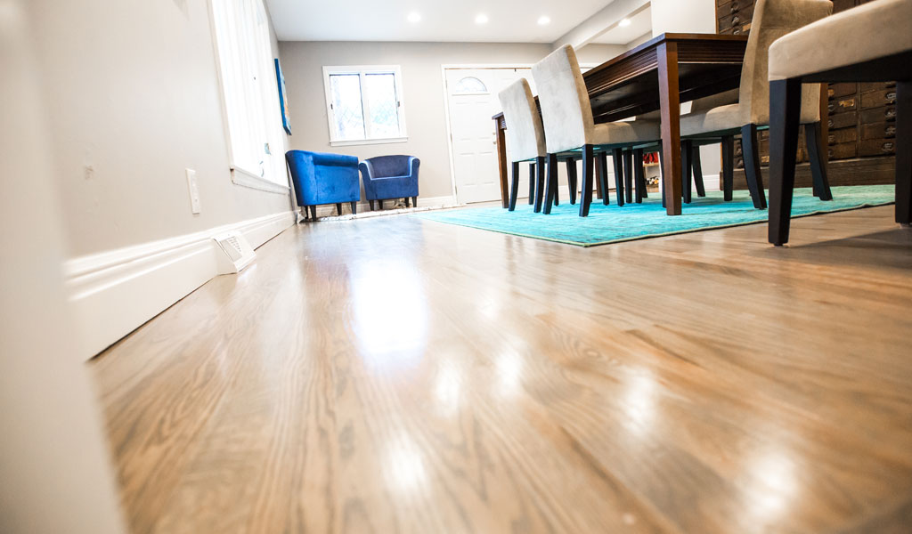 Lake Waukomis Home Hardwood Floor Refinishing