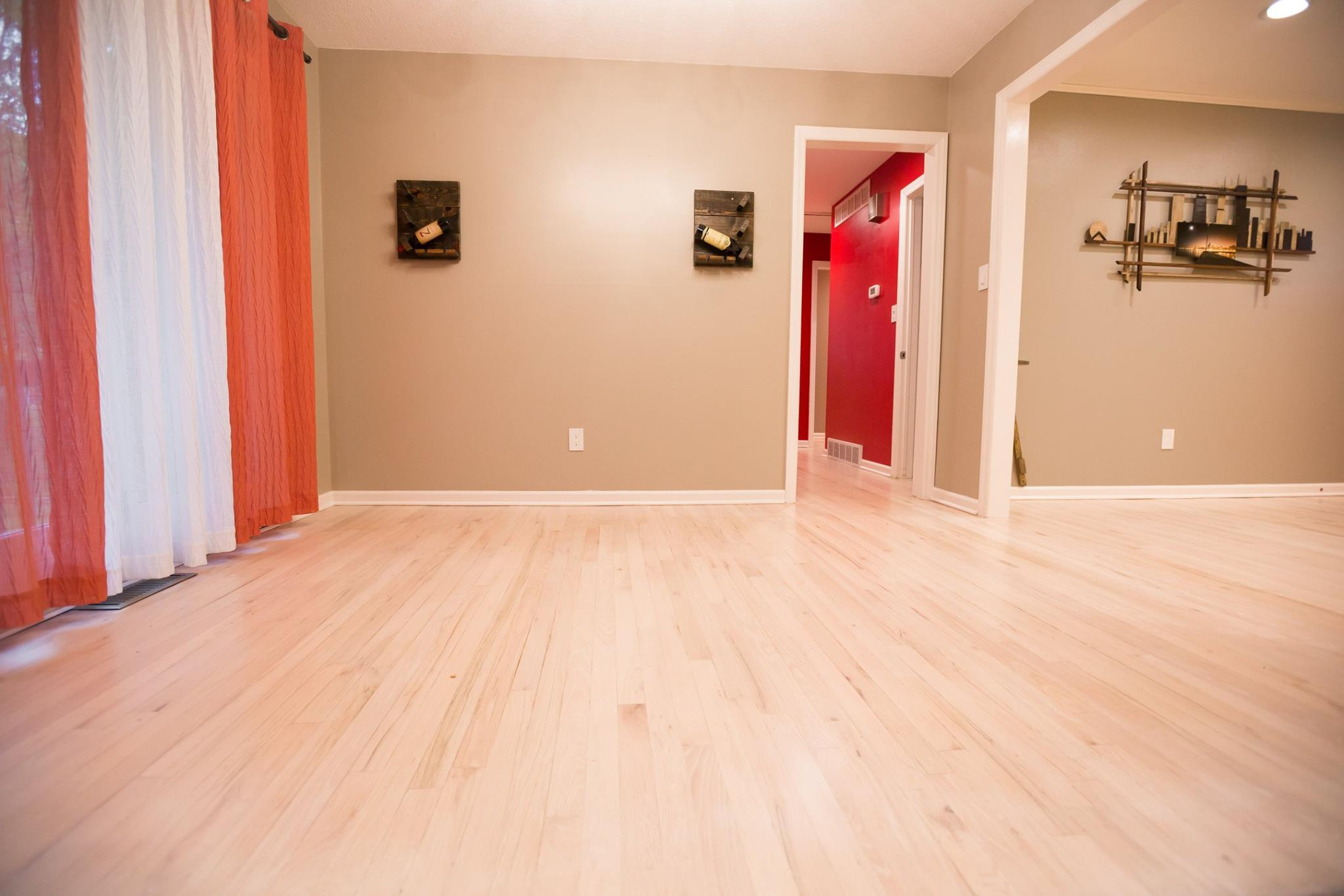 Country White Stained Hardwoods In Lee S Summit Mo